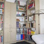 einzigartiges Eckregal für Bücher
