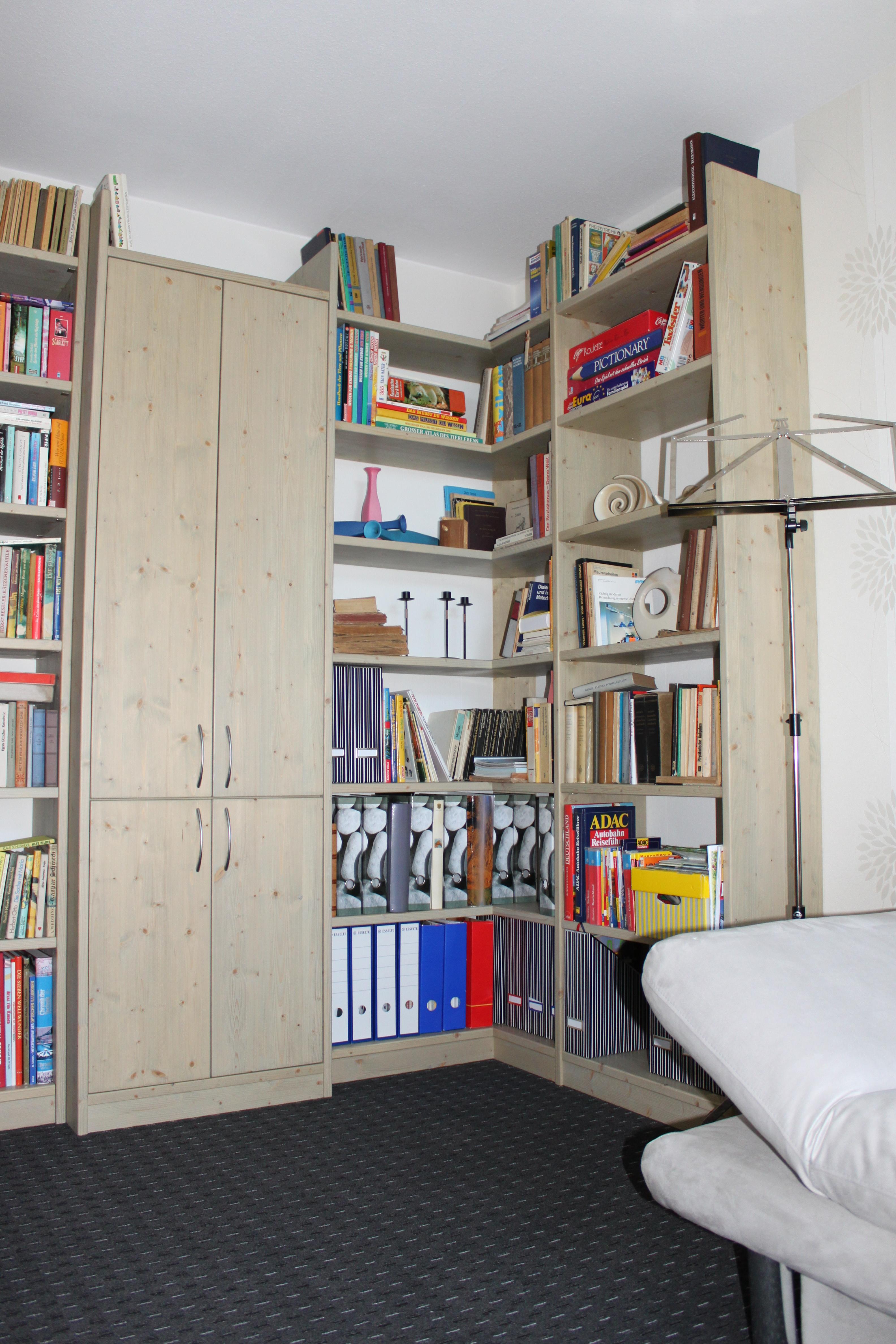 schreinerei bei backnang fertigt eckregal einbauregal u form. Black Bedroom Furniture Sets. Home Design Ideas