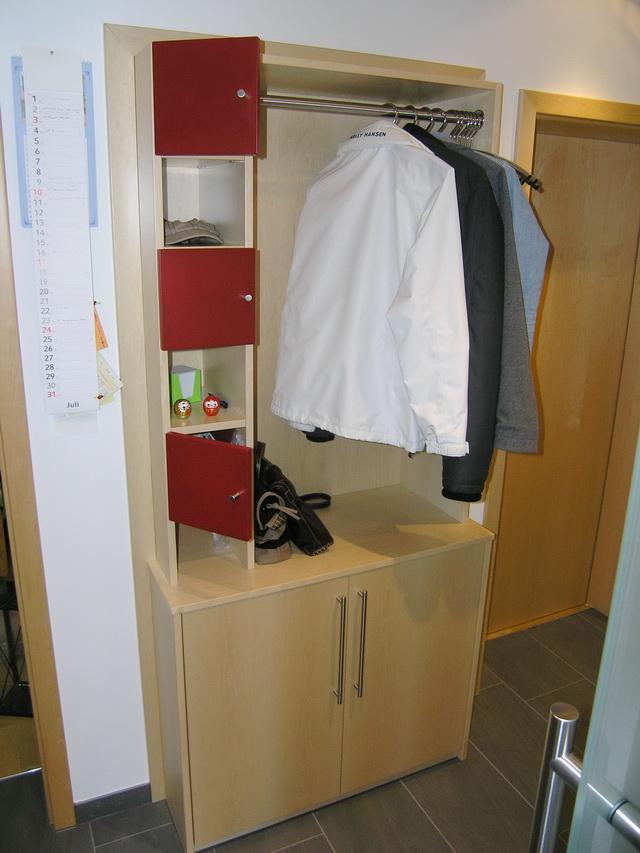 Garderobenmbel Ahorn Vom Schreiner Aus SulzbachBacknang Das Wohnzimmer Backnang