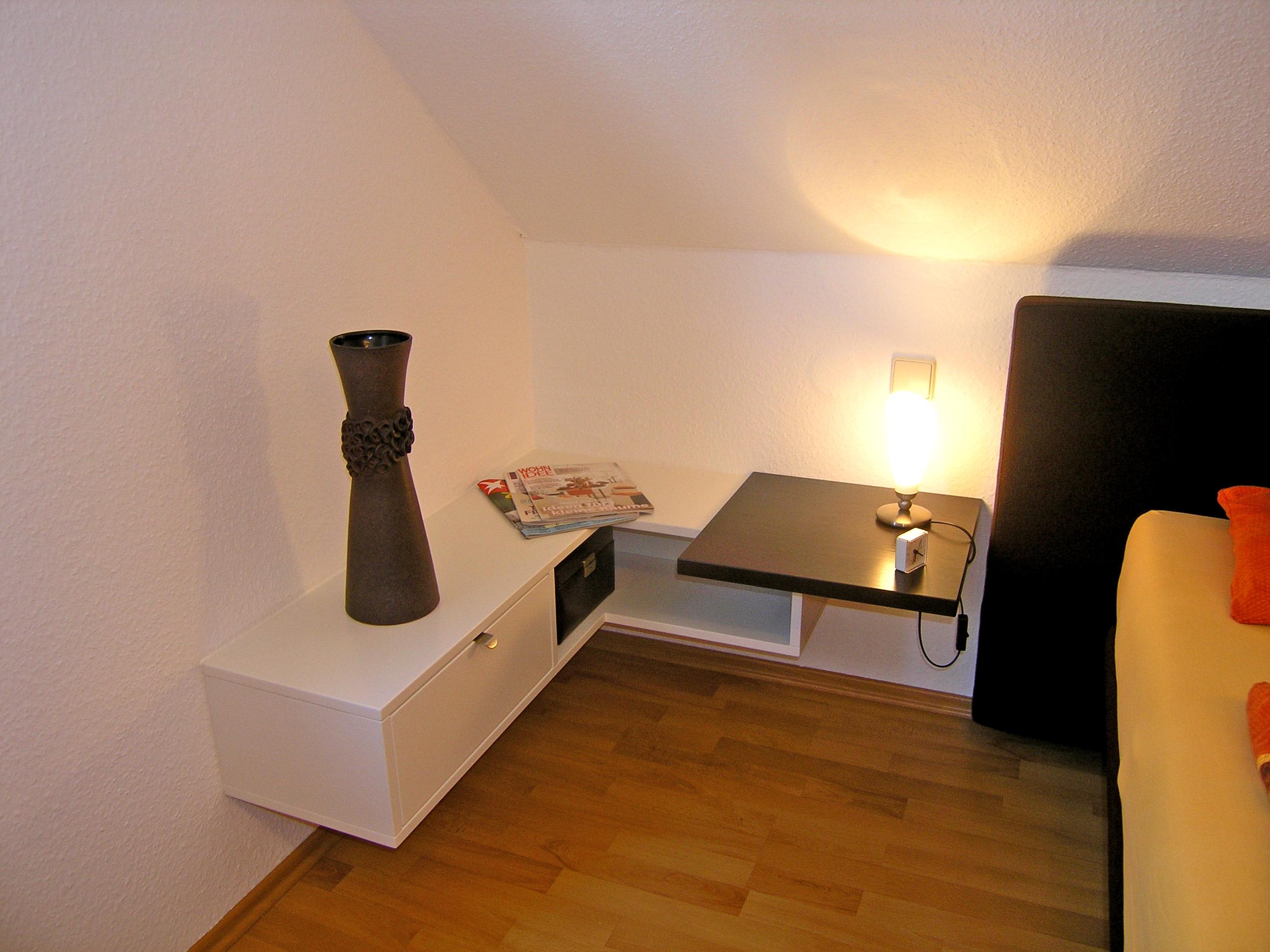 geschmackvoll schreiner aus sulzbach mit schlafzimmerdesign in weiss. Black Bedroom Furniture Sets. Home Design Ideas