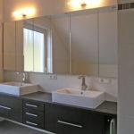 Badmöbel Eiche mocca mit großem eingelassenem Spiegel