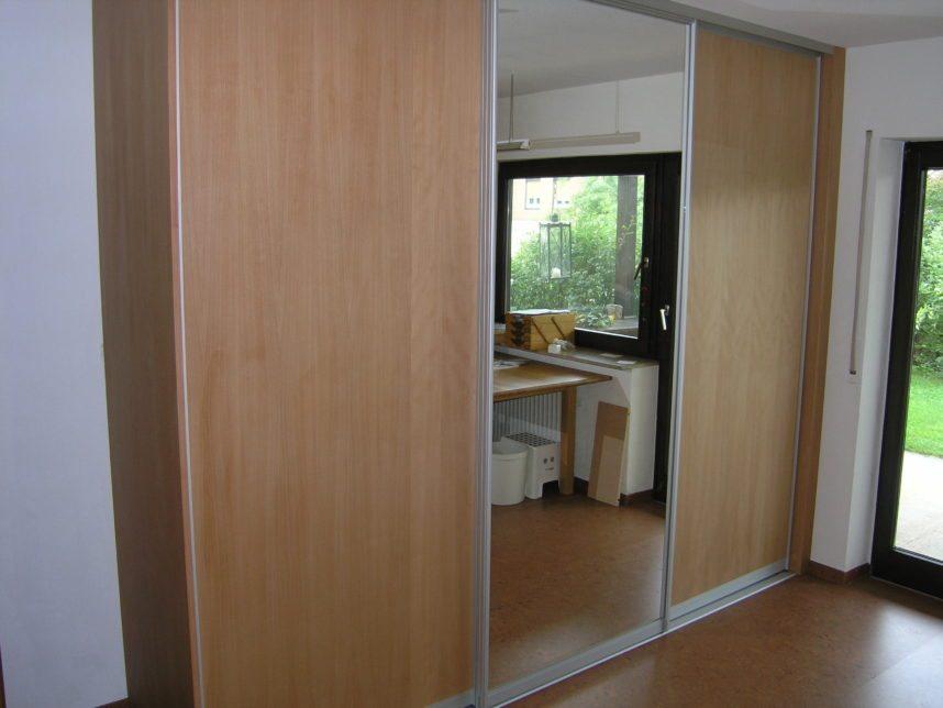 schreiner aus sulzbach fertigt schwebet renschrank nach mass. Black Bedroom Furniture Sets. Home Design Ideas
