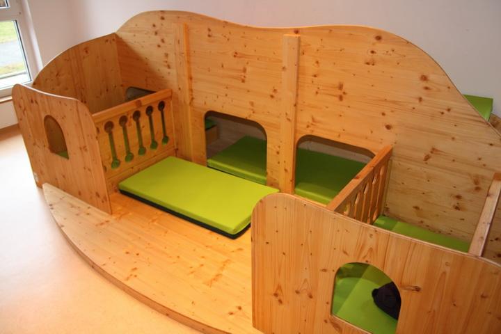 Schlaf- und Spielburg für Kita