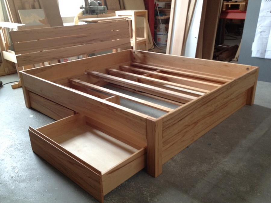stauraum gebraucht bett mit schubk sten 2 bettschubladen. Black Bedroom Furniture Sets. Home Design Ideas