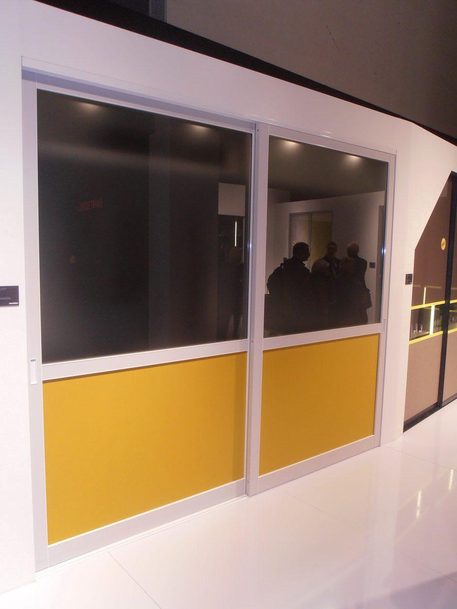 Neue Raumplus Farben - hier schwarz gelb Kombination