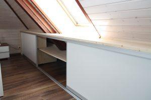 dachschr gen einbauschrank im schlafzimmer schreinerei burkhardt. Black Bedroom Furniture Sets. Home Design Ideas
