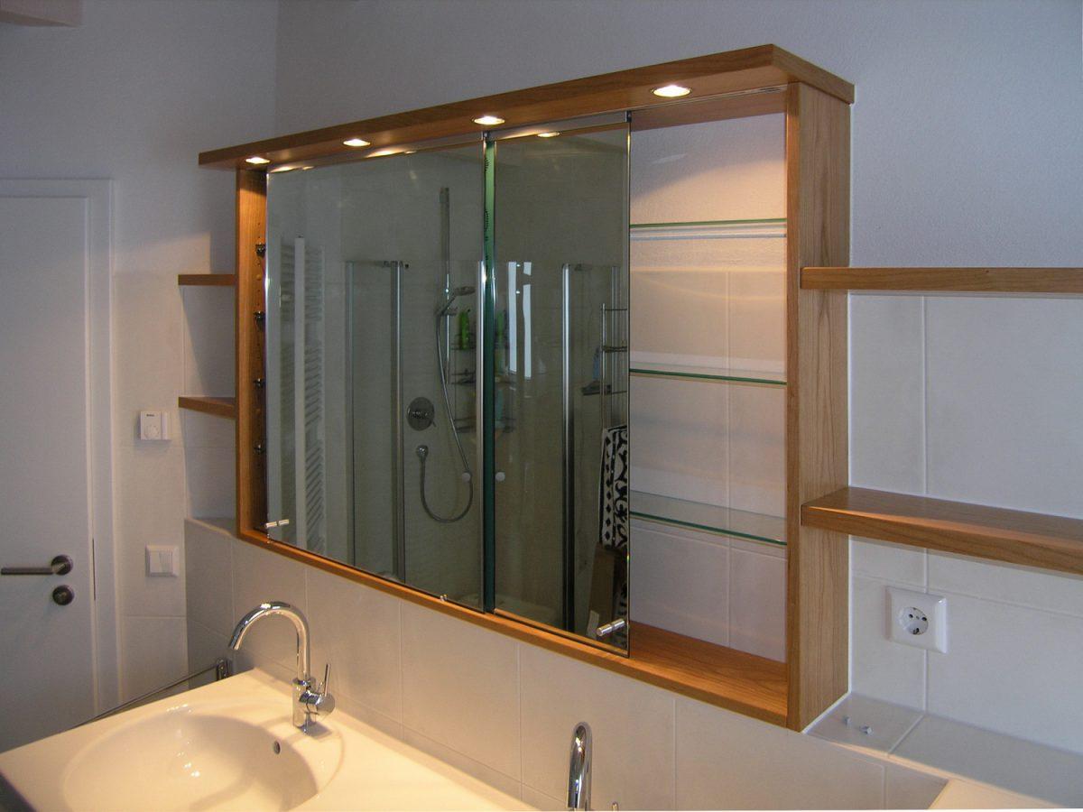 spiegelschrank mit schiebet ren schreinerei burkhardt. Black Bedroom Furniture Sets. Home Design Ideas