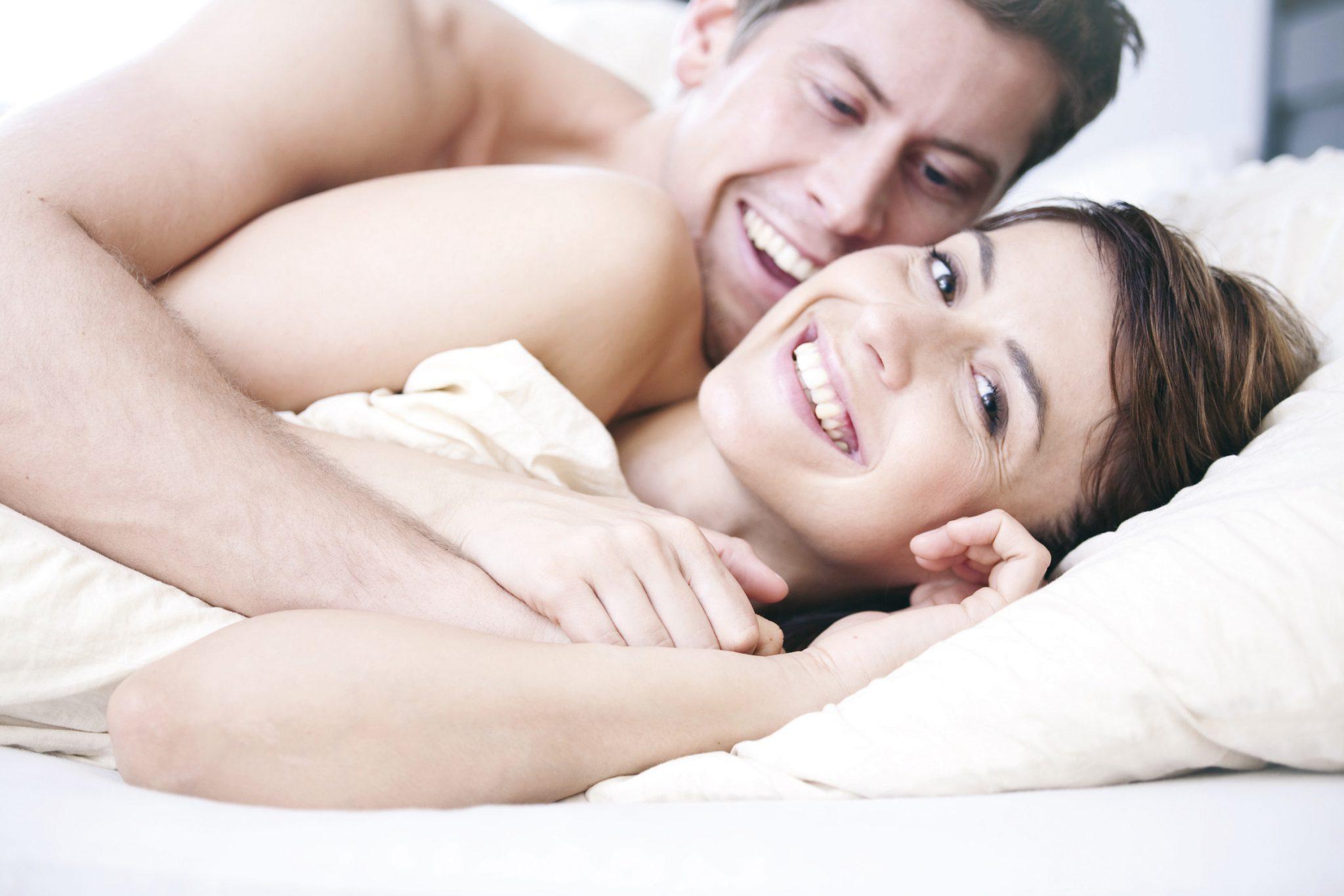 glücklich und ausgeruht erwachen