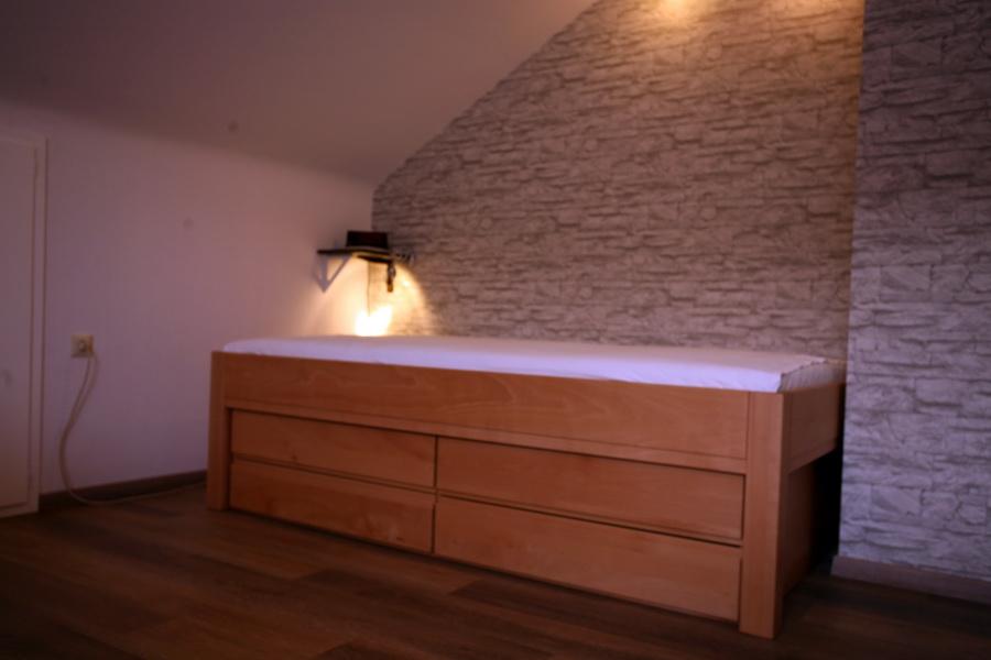 bett carina ohne rahmen mit 4 schubk sten schreinerei. Black Bedroom Furniture Sets. Home Design Ideas