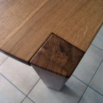 Tischbein bündig mit Tischplatte