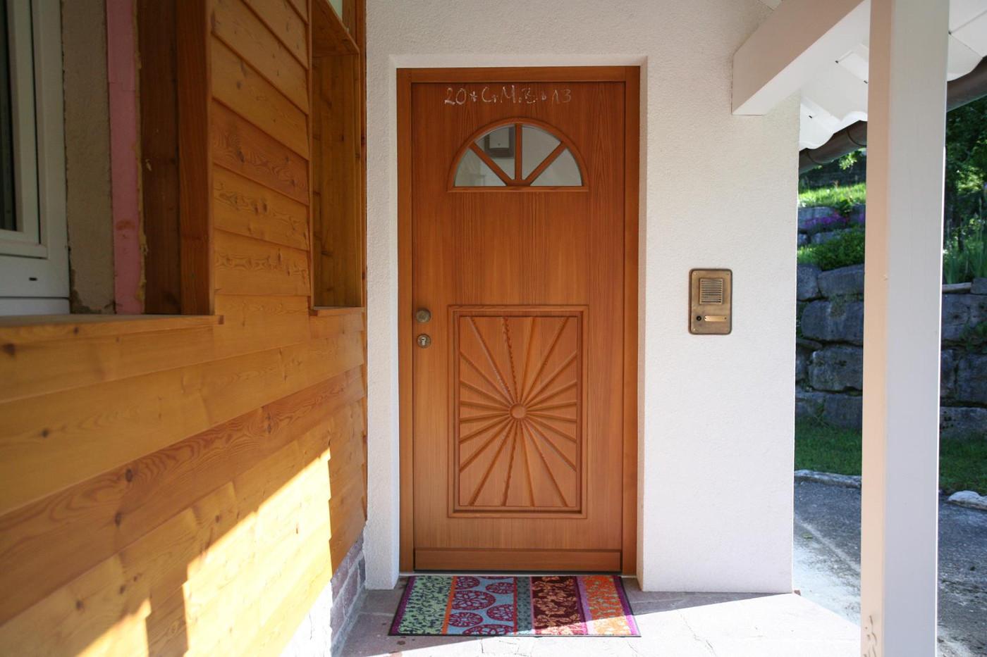 Haustüre mit schönem Muster