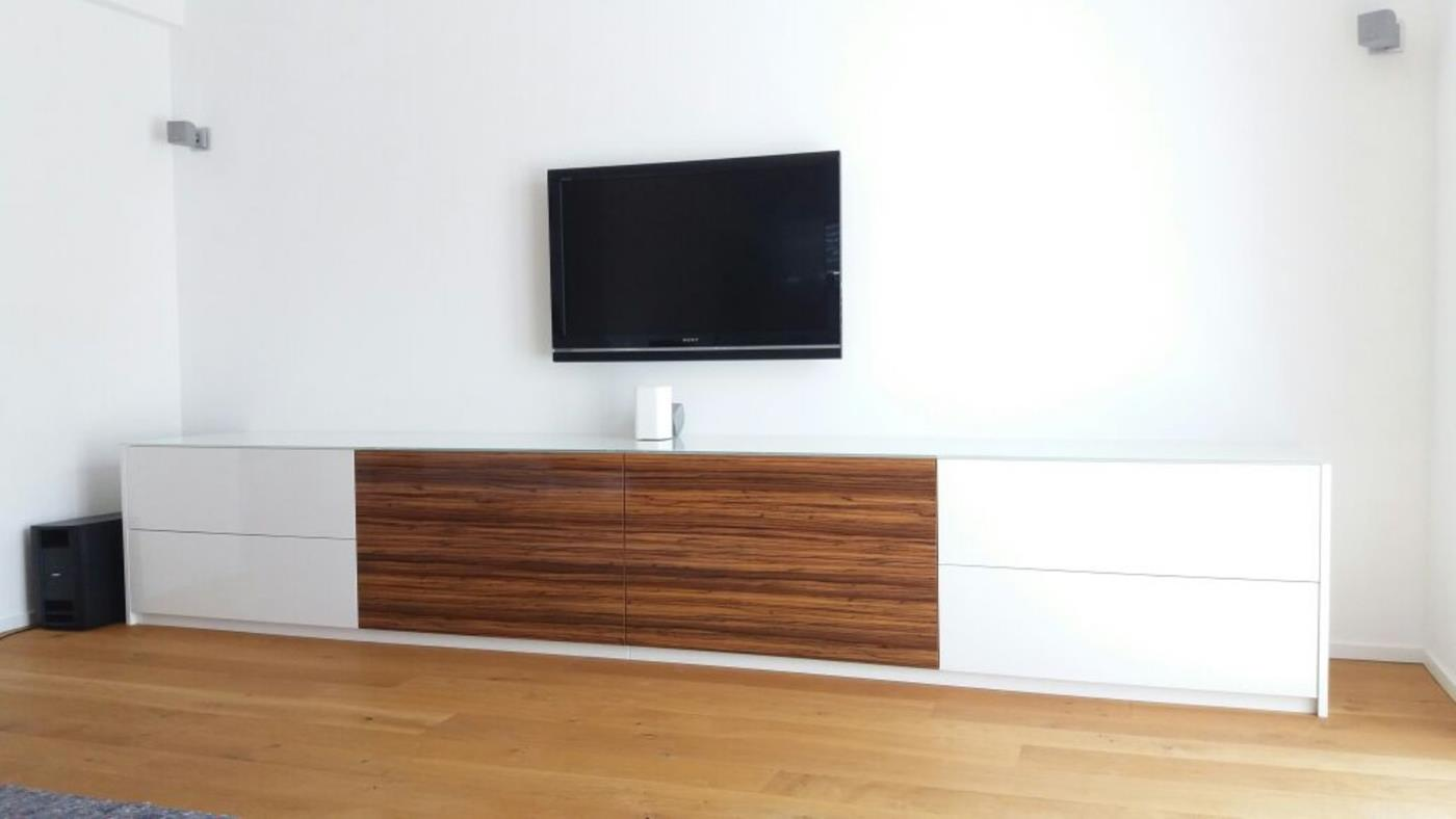 modernes hochglanz tv m bel schreinerei burkhardt. Black Bedroom Furniture Sets. Home Design Ideas