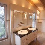 romantisches Badmöbel im Landhaus Stil